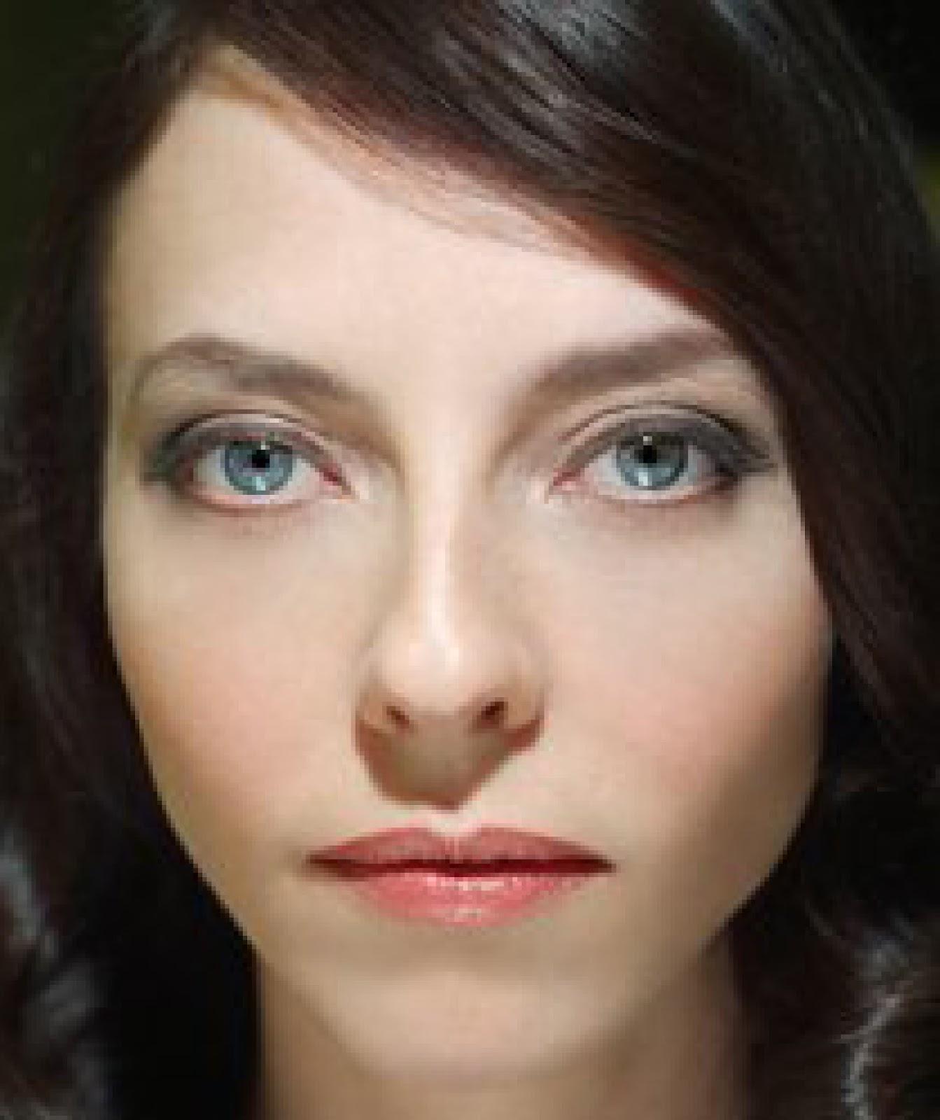Emily Morden gyno oiled