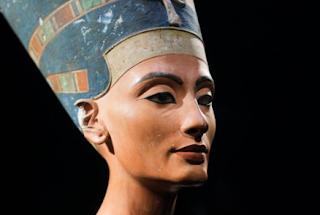 Ratu Nefertiti