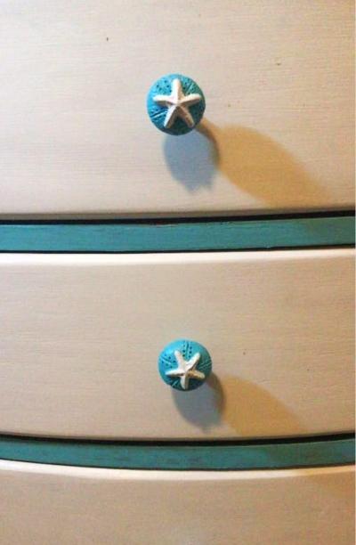 DIY Starfish Knobs Dresser Drawers