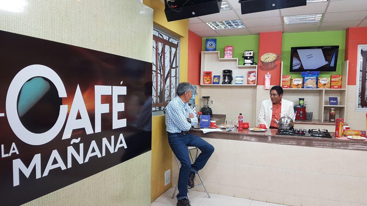 Patzi entrevistado en el popular programa del Grupo Fides / GOBERNACIÓN LA PAZ