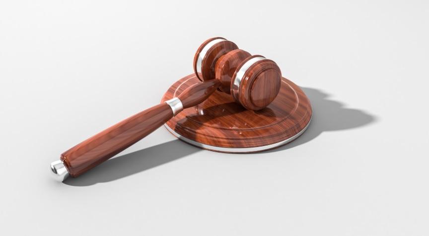 محامي اردني في دبي ابوظبي الامارات