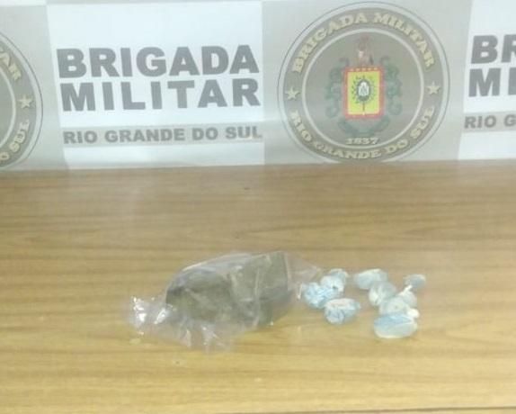 BM apreende adolescente de 14 anos por tráfico de drogas em Gravataí