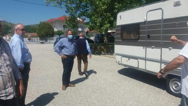 Δύο τροχόσπιτα από την Περιφέρεια Πελοποννήσου στη Θεσσαλία για σεισμόπληκτες οικογένειες
