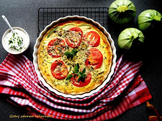 Tarta z pomidorami i cukinią - Czytaj więcej »