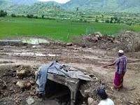 <b>Pekerjaan Proyek Peningkatan Jalan Ekonomi Tawali-Bala Dikeluhkan Warga</b>
