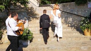 Γάμος Μπαλατσινού - Κικίλια: Έτσι έφτασε η νύφη στην Εκκλησία