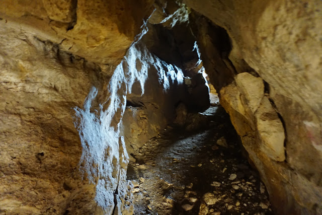 מעבה מערות אורנית