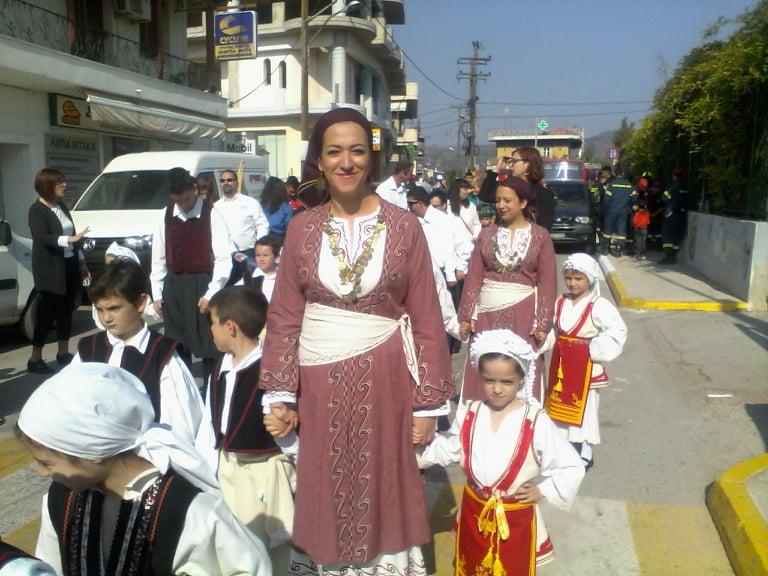 Η παρέλαση της 28ης Οκτωβρίου σε Καστέλλα και Ψαχνά (φωτό) 74703507 412940656319840 2645297312821149696 n