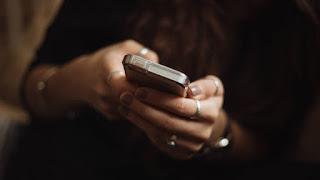 """Κινητή τηλεφωνία:Έρχονται τα """"πάνω-κάτω"""" στις χρεώσεις των data"""