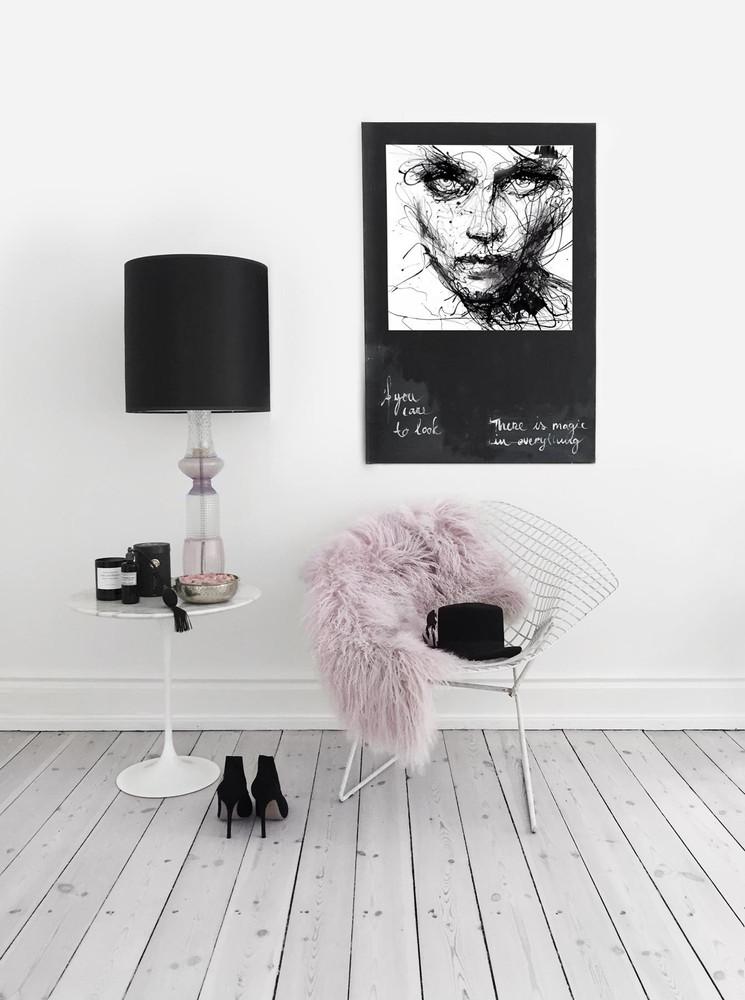 La elegancia del color rosa combinado con el blanco y negro