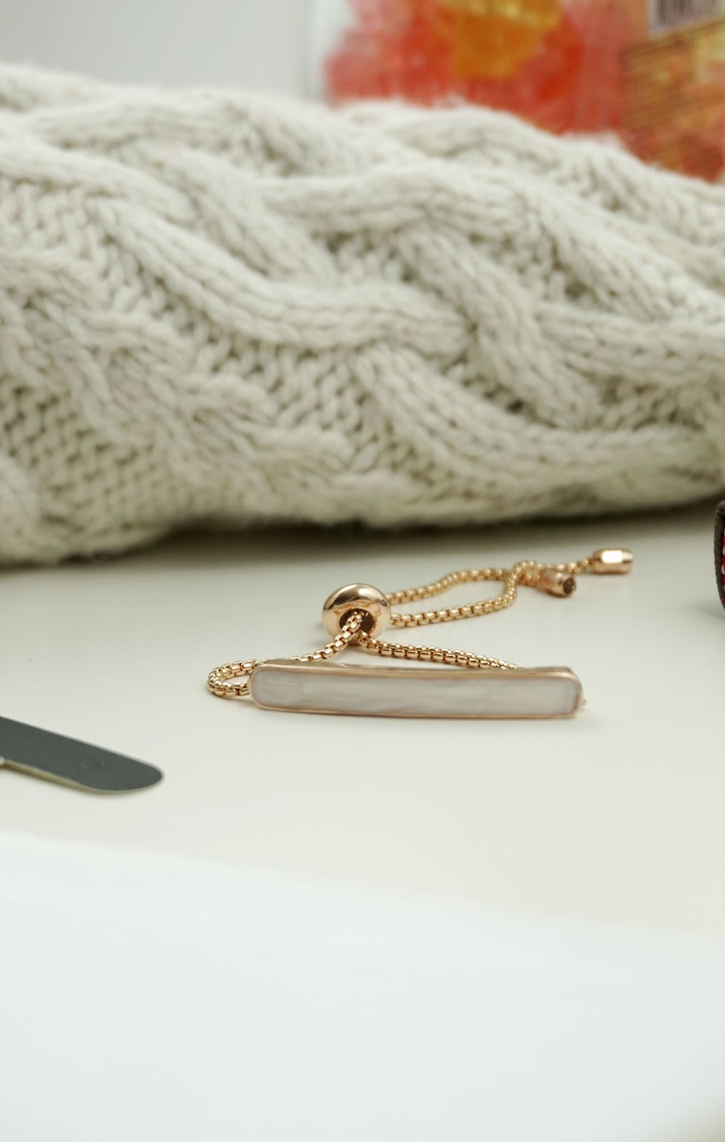 valentines day gift guide her girlfriend kiehls chanel perfume monica vinader stacking ring rose gold knit jumper love prosecco