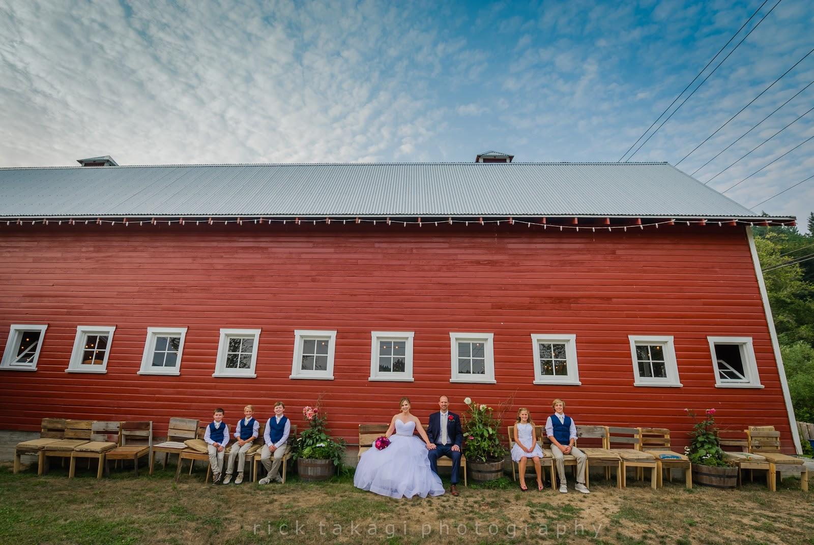 Red Barn Farm Wedding In Redmond Wa