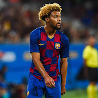 Barcelona youth forward De la Fuente to replace Dembele in squad against Napoli