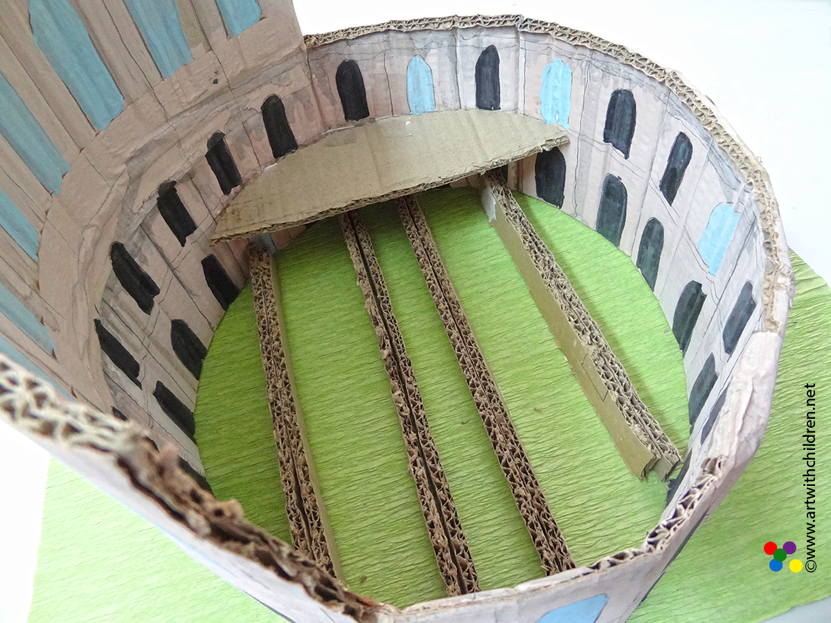 Last Minute School Project Making A Model Of The Colosseum Using