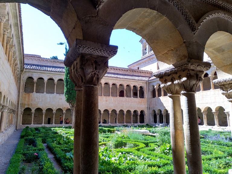 imprescindibles-burgos-provincia-monasterio-silos