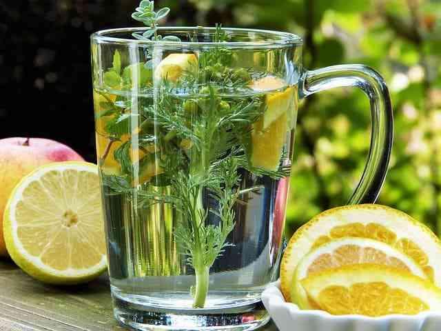 الليمون لإنقاص الوزن،الليمون للتخسيس السريع،الليمون للتنحيف مجرب،طريقة عمل ماء الليمون لانقاص الوزن،الليمون للتنحيف الكرش.