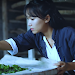 Liziqi; Youtuber Perempuan dari China Vlog Memasak Bernuansa Klasik