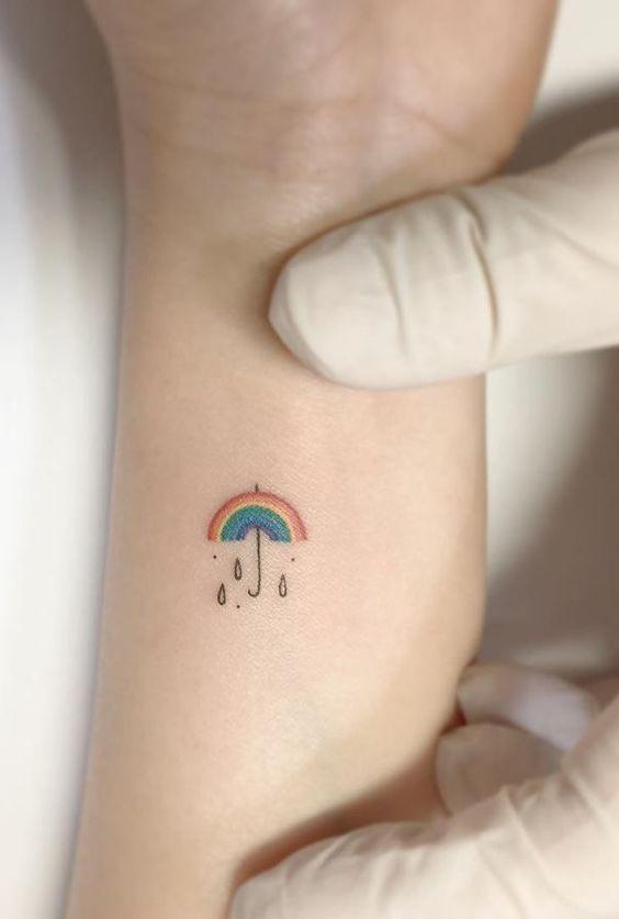 15 ideias de tattoos minimalistas para copiar