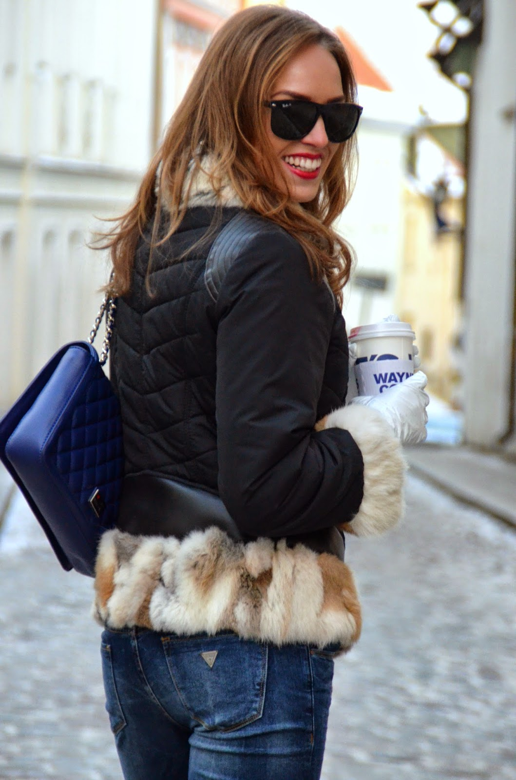 guess-jeans-rino-pelle-fur-coat-outfit