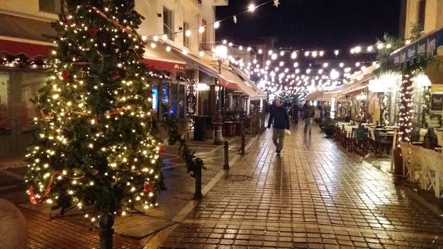 Γιάννενα: Επιτέλους ...Πιο ωραία από ποτέ είναι στολισμένη η πόλη μας φέτος
