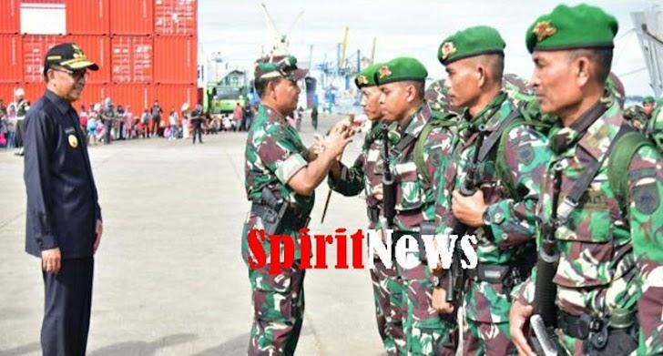 Pangdam Hasanuddin dan Gubernur Sulsel, Lepas Satgas Yonif 721/Mks Ke Papua