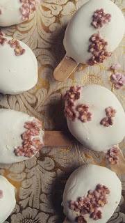http://cupcakeluvs.blogspot.dk/2017/03/forars-cakepops-spring-cakepops.html