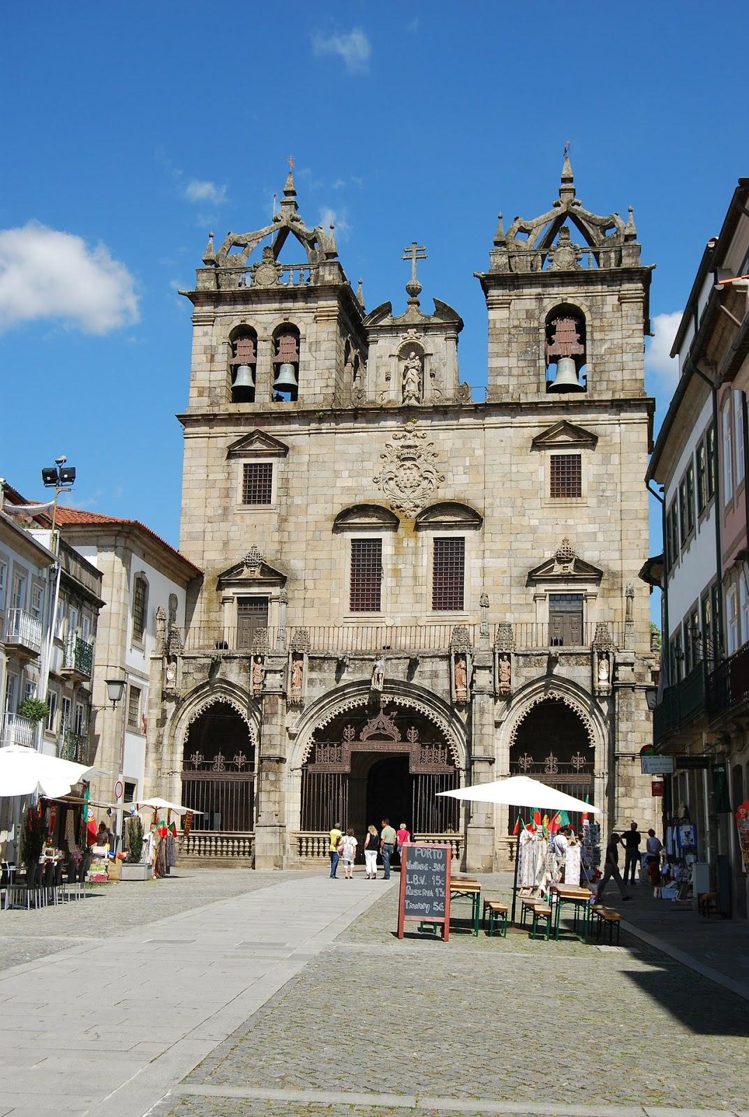 Braga- Portugal -10 Lugares Mais Baratos do Mundo Que Deves Conhecer em 2017 - www.esperteza.com -- #viajar #viagens #mundo #destinos #ferias