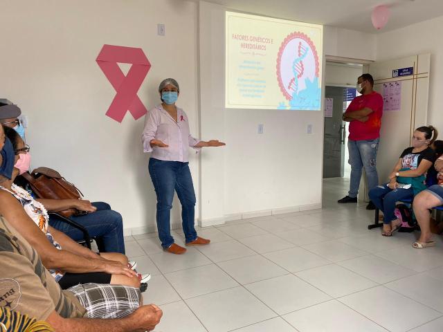 Equipe do PSF Dona Lica promove evento alusivo ao Outubro Rosa