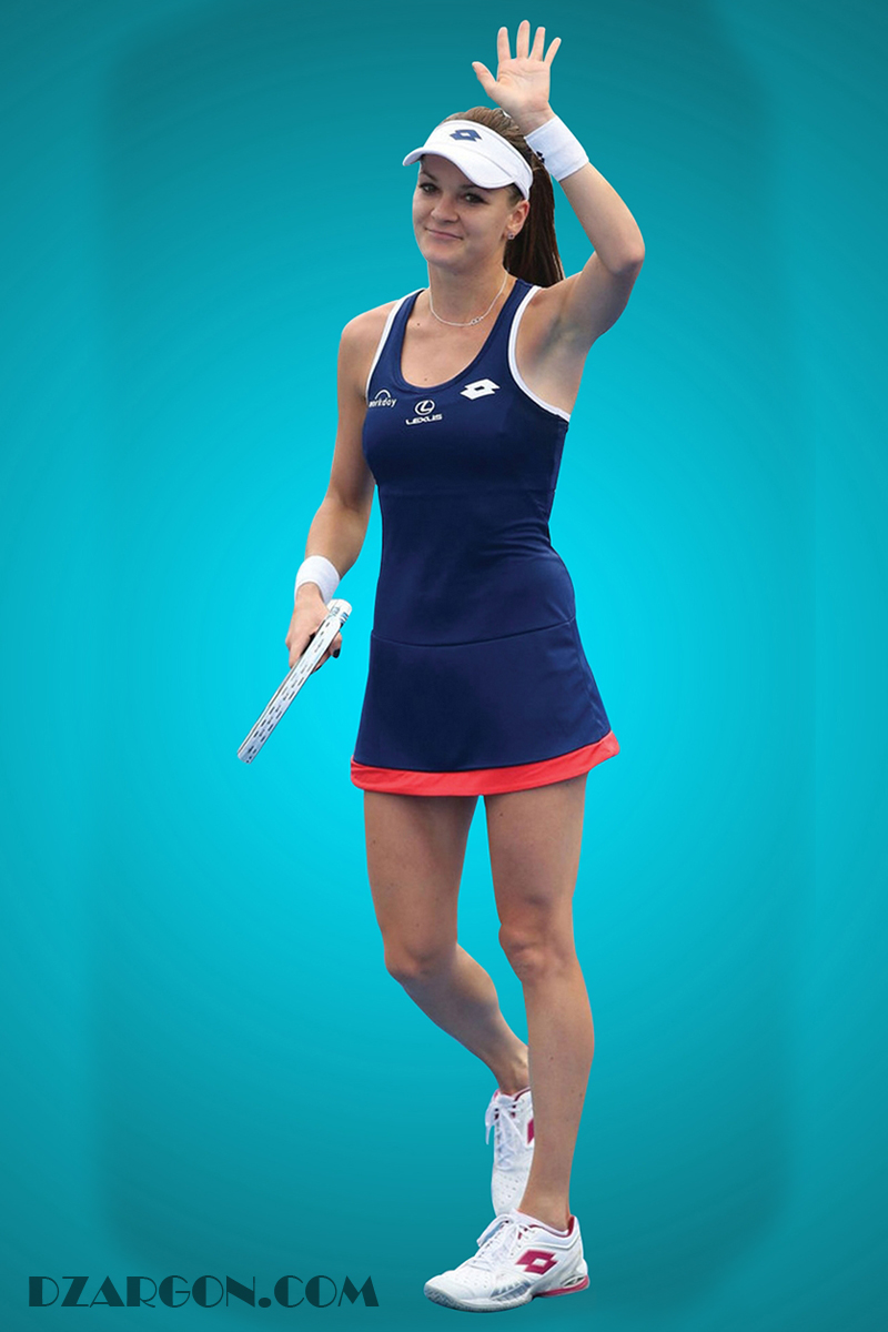 Meskipun tidak ada data mengenai akum Twitter dari Agniezka Radwanska, Namun prestasinya dalam dunia Tennis telah menjadikan sebagai Atlit dengan penghasilan sebesar 52 milliyar dalam setahun. Kecantikkan juga menjadikan sebagai pemain dengan popularitas terbesar sepnajang tahun 2011 sampai dengan tahun 2014.