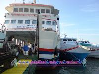 Kapal Express VS Kapal Feri Siginjai Karimunjawa