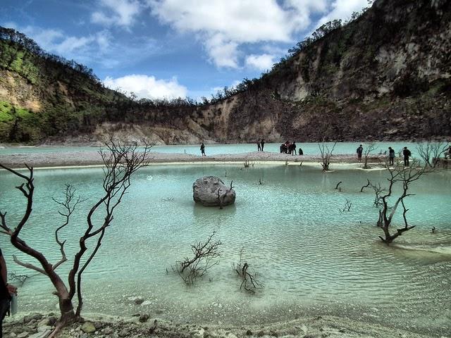 Gambar Kawah Putih Jawa Barat