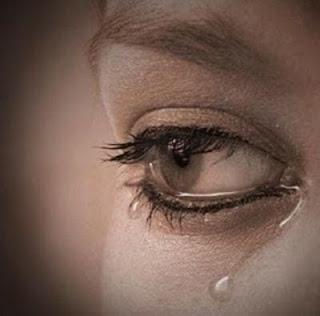 صور حالات للواتساب حزينة ودموع من القهر والحزن