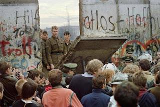 berlin wall 29 years 2020