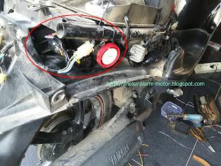 Cara pasang alarm motor pada Yamaha Mio Sporty Karbu