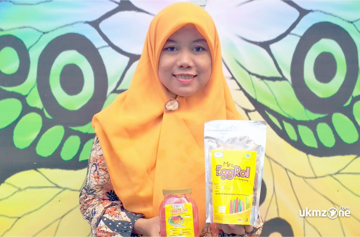 Sekar Ariwati Pemilik Sekar Ku UMKM UKM IKM kota Depok Jawa Barat produsen EGG ROLL, MAKOLING, SEMUR JENGKOL, SAMBAL TERI, GUDEG | UKM ZONE