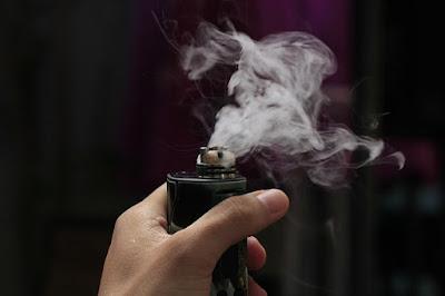 Bahaya yang ditimbulkan dari vape (rokok listrik)