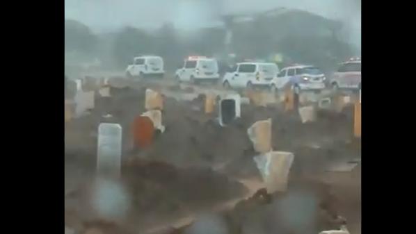 Viral Pemakaman Jenazah Covid-19, Publik: Mau Dikubur pun Masih Harus Antre