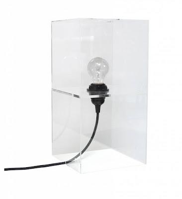 Lampe schwarz weiß mit Kabel Birne