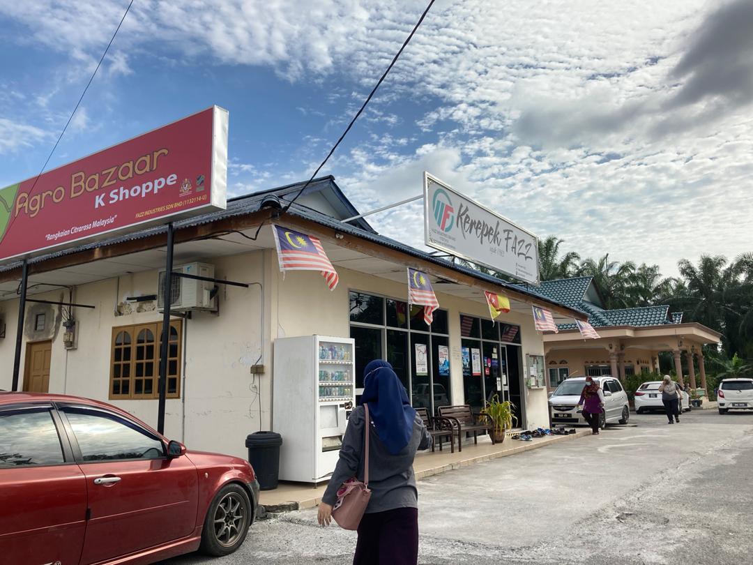 Kedai Kerepek Fazz di Pekan Banting, Boleh Borong!