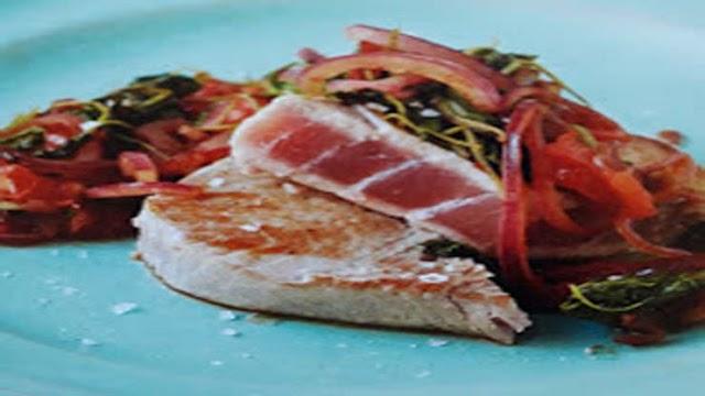 Stekt tonfisk med rucola