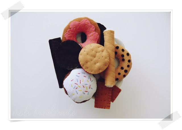 Filcowe słodkości (pączek, rurka, ciastka, wafelek, donut)