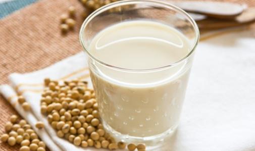 6 Langkah Membuat Susu Kedelai Enak yang Gampang serta Praktis