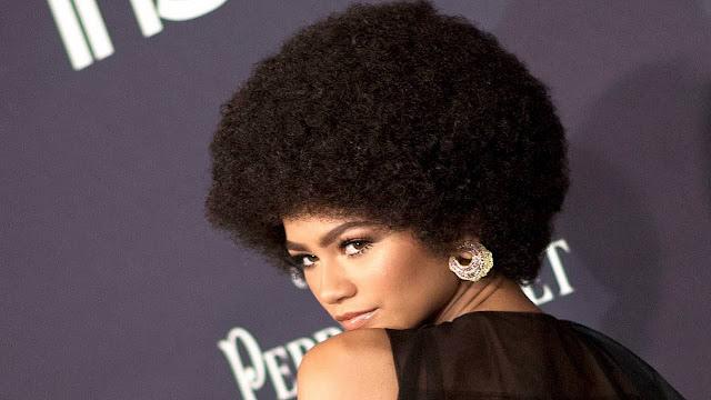 Cómo tener el cabello afro