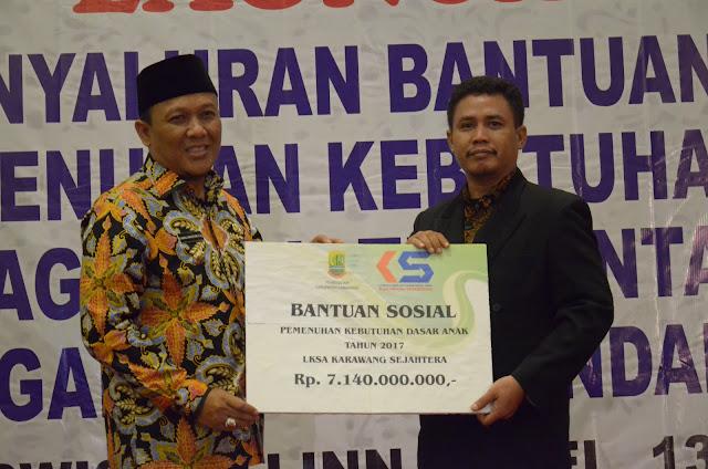 Wakil Bupati Karawang Hadiri Lounching Penyaluran Bansos
