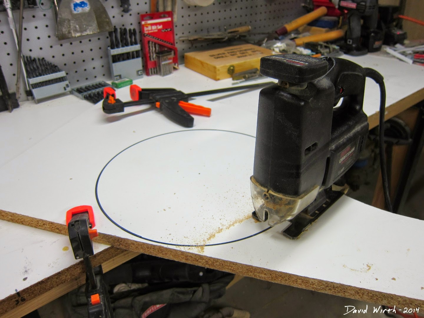 how to cut a perfect circle, wood, saw