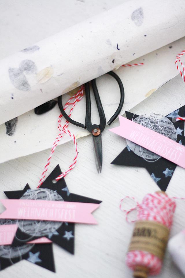 Geschenkanhänger zu Weihnachten in Sternform | 10 Jahre Klartext-Stempel | Blog Hop danipeuss.de