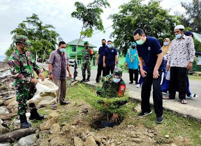 Tanam Bibit Pohon, Koramil 25/Syiah Kuala Lestarikan Lingkungan Hidup