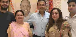 Anil Ambani With Her Family