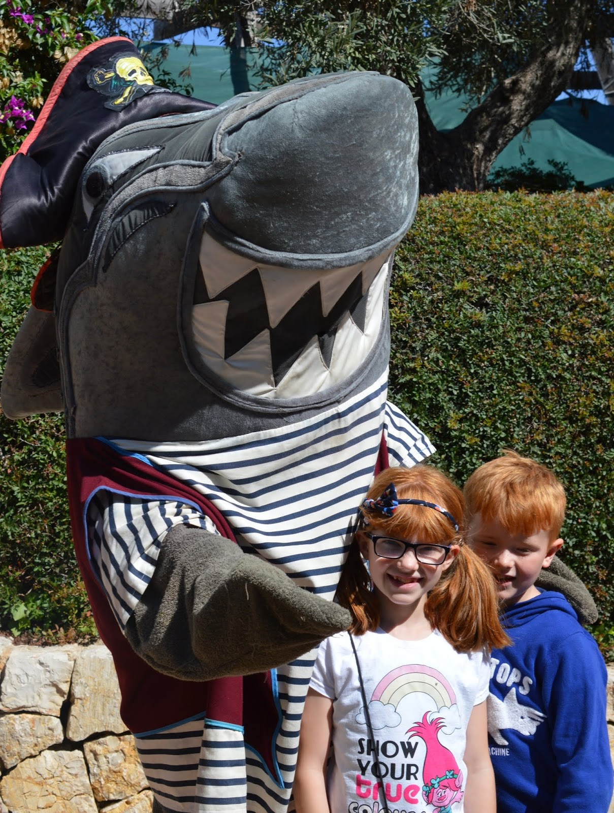 Visiting Palma Aquarium from Santa Ponsa  - shark mascot