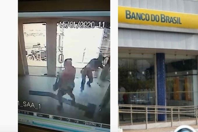 INSEGURANÇA - Mulher é atingida por tiro durante assalto a banco no Piauí; assista